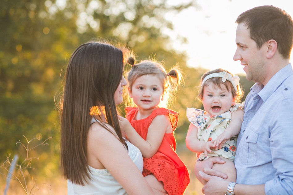 Sunset Family Session by Bára Miller Photography