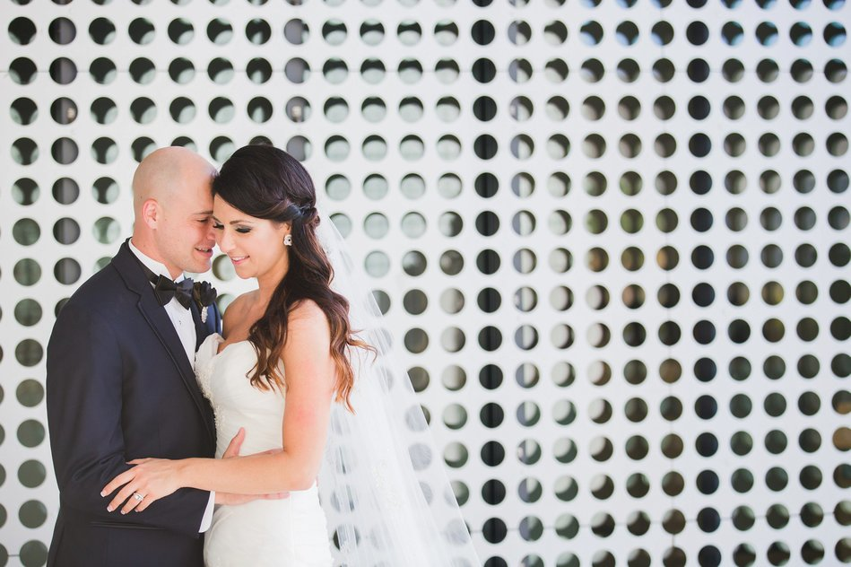 bride and groom portrait at Tampa Museum of Art Wedding by Bara Miller Photography