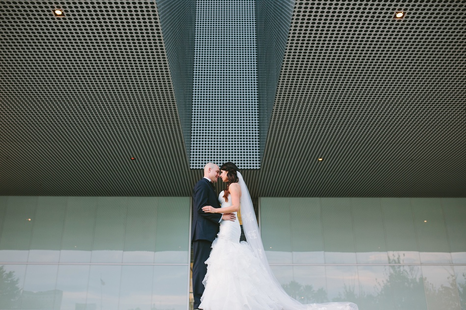 bride and groom portraits at Tampa Museum of Art Wedding by Bara Miller Photography