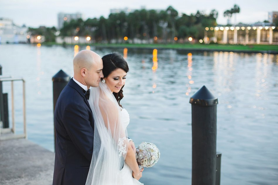 sunset bride and groom portrait at Tampa Riverwalk by Bara Miller Photography