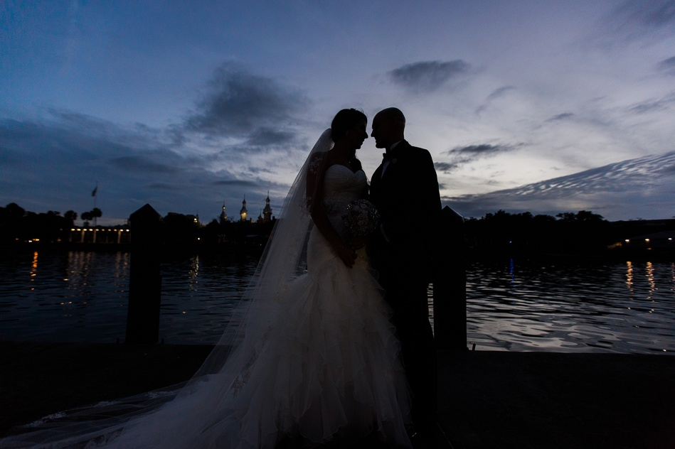 bride and groom night portraits at Tampa Museum of Art Wedding by Bara Miller Photography